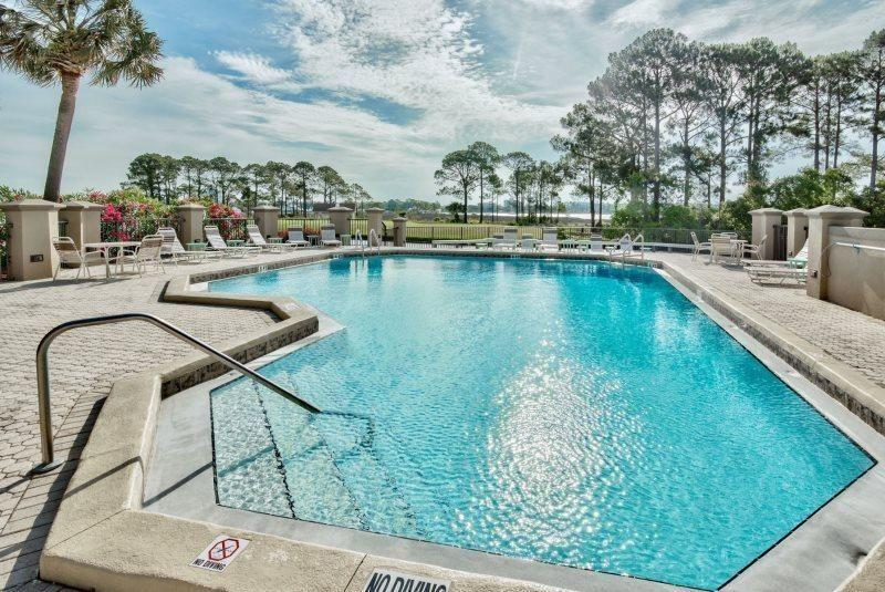 808  Harbour Point Drive 808